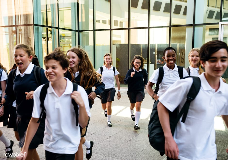 В Британії хлопцям дозволять вдягати спідниці в школу