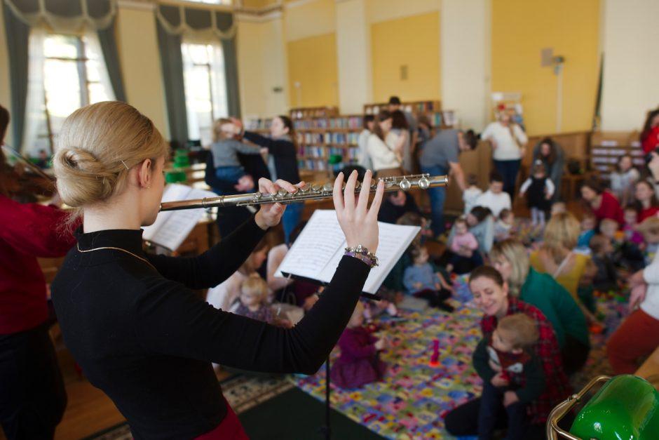 """22 грудня, Київ: Різдвяний концерт Baby Mozart """"Новорічна казка венеціанської гітари"""""""